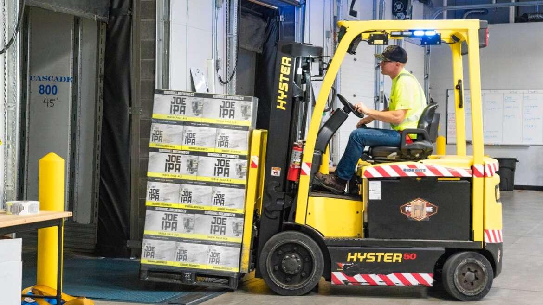 Pentingnya Menjaga Kelancaran Distribusi Produk FMCG (Fast Moving Consumer Goods)